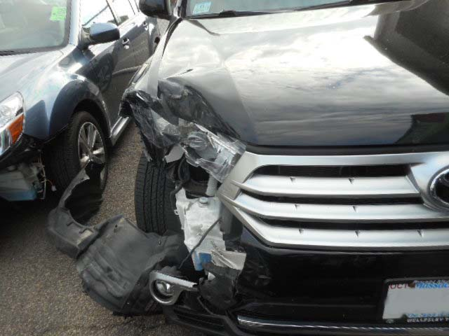 2012 Toyota Highlander - Front Right End Damage - Boston, MA