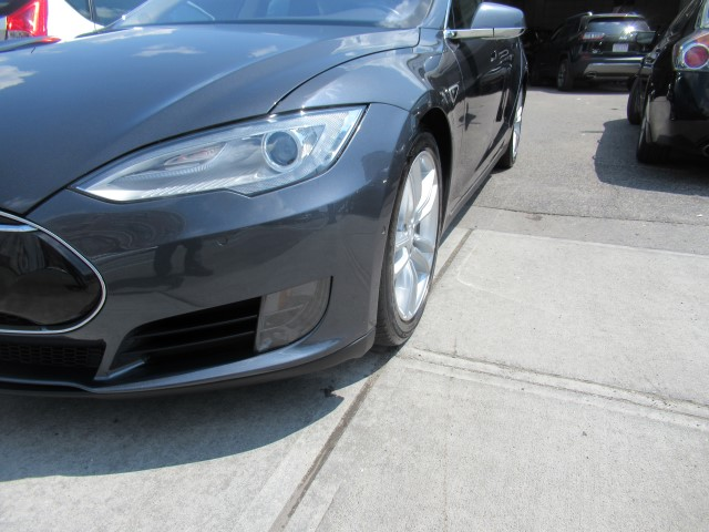 2015 Tesla 75 collision repair front end